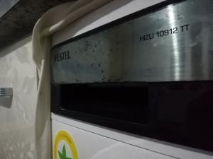 Vestel 2 Yıl Önce Aldığımız Çamaşır Makinesinin Altı Paslanmış Ve Ön Panjurunun Boyası Soyulmuş