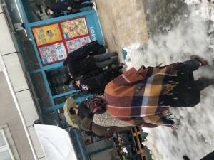A101 Market Dışarda Kar Kıyamette Kapıda Bekletiyorlar